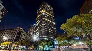 ONE of Cape Town's iconic buildings on Thibault Square will be getting a facelift as it is to be revamped by Thibault Investments.