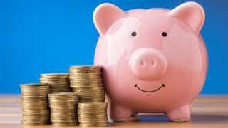 Only 6% of South Africans can retire comfortably with the savings they have, according to the National Treasury. Photo: File