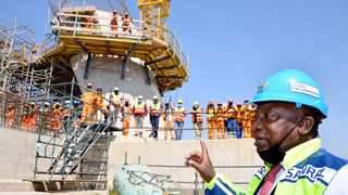 President Cyril Ramaphosa assessing the rolling out of infrastructure at the Msikaba Bridge, Lusikisiki in the Eastern Cape Province. Photo: Supplied/GCIS (Elmond Jiyane)