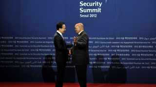 President Jacob Zuma is received by Mr Lee Myung-bak, President of the Republic of Korea at Coex Convention Center for the Welcoming Reception for the Leaders. President Zuma is accompanied by Minister of International Relations and Cooperation Ms Maite Nkoana-Mashabane and Minister of Energy Ms Dipuo Peters is on a working visit to the Republic of Korea to attend the Nuclear Security Summit on the 26 - 27 March 2012.