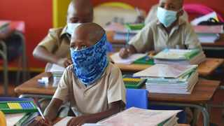 Pupils wearing protective face masks on the first day back to school. Picture: Thobile Mathonsi/African News Agency (ANA)
