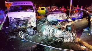 Rescuers had to use the Jaws of Life to free two survivors of a head-on collision in Harry Gwala (Booth) Road, near the N2 Bridge, in Durban. The accident claimed two lives and the two survivors suffered extensive injuries when a taxi and a car collided. Picture: Garrith Jamieson / Rescue Care.