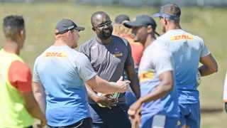 Rito Hlungwani, forwards coach of the Stormers chats to Steven Kitshoff and Salmaan Moerat during a training session. Picture: Ryan Willkisky/BackpagePix