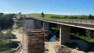 Sanral is in the process of seeking a new contractor to complete work on doubling the Gwaing River bridge in George after the initial contractor filed for business rescue which led to multiple delays on the project. Picture: Supplied.