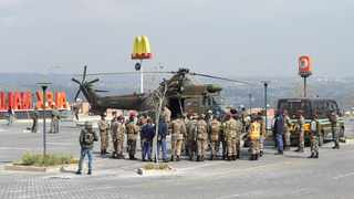 South Africa - Johannesburg - 16 July 2021- South African National Defence Force (SANDF) helicopter is seen at the Alex Mall in Alexandra township, members of SANDF are on patrol in Alexandra, Johannesburg. Picture Itumeleng English/ African News Agency(ANA)