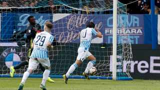 Spal's Sergio Floccari, right, celebrates after scoring his side's second goal during their Serie A soccer match against Juventus, at the Paolo Mazza stadium in Ferrara, Italy on Saturday. Photo: Antonio Calanni/AP