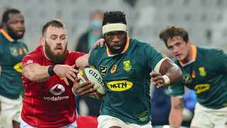 Springboks captain Siya Kolisi pulls away from Luke Cowan-Dickie of the British and Irish Lions during the first Test at Cape Town Stadium. Photo: Ryan Wilkisky/BackpagePix