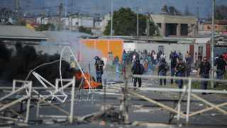 The City wants the police to roll out a bigger contingent of Public Order Police officers (Pops) to curb the spate of illegal land invasions plaguing Cape Town. Picture: Henk Kruger/African News Agency(ANA).