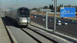 The Gautrain enters passes the highway on its way toPark Station, Johannesburg from Pretoria 120711. picture: Chris Collingridge 915