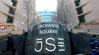 The JSE All Share Index rose 0.41 percent to 67 573 index points, remaining high throughout the day after the government set the date to lift the ban on vaccines. Picture: Nhlanhla Phillips/African News Agency/ANA