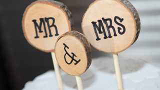 The US bride later explained that she was expecting her husband and his family to call her into the group after they'd posed together for some more photos - but it never happened. Picture: Pixabay