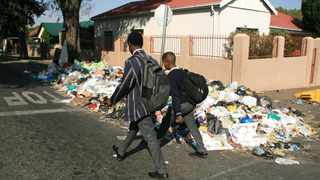 The sight of litter has become commonplace in many neighbourhoods across the country. Picture: Nhlanhla Phillips