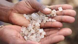 Thousands of punters gathered in kwaHlathi village in Ladysmith in search for what is suspected to be diamonds discovered by a herdsman Phoka Mofokeng, who sounded the alarm to community members of his discovery a week ago. Since then, people from across the country have been flocking into the area to dig up their luck. File Picture: Doctor Ngcobo/African News Agency (ANA)