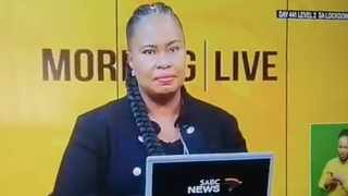 Two SABC anchors, Sakina Kamwendo and Vaylen Kirtley re-enacted it after discussing the trending topic in their morning breakfast show. Picture: Screengrab
