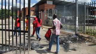 Unisa students closed the Sunnyside campus as they joined the universities' national shutdown. Picture: Oupa Mokoena/African News Agency(ANA)
