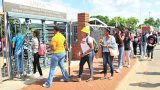 Unisa students queue to register at the university in January. Bongani Shilubane African News Agency (ANA)