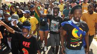 University of Johannesburg students march along Kingsway Avenue in Auckland Park, over a host of issues related to free education. Their counterparts in KZN are observing the mouring period for King Goodwill Zwelithini. Picture: Itumeleng English/African News Agency(ANA)