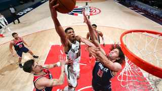 WASHINGTON, DC - MARCH 13: Giannis Antetokounmpo #34 of the Milwaukee Bucks dunks the ball during the game against the Washington Wizards on March 13, 2021 at Capital One Arena in Washington, DC. NOTE TO USER: User expressly acknowledges and agrees that, by downloading and or using this Photograph, user is consenting to the terms and conditions of the Getty Images License Agreement. Mandatory Copyright Notice: Copyright 2021 NBAE Stephen Gosling/NBAE via Getty Images/AFP (Photo by Stephen Gosling / NBAE / Getty Images / Getty Images via AFP)