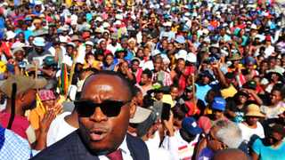 Western Cape human settlements MEC Bonginkosi Madikizela meeting with the community of Zwelihle township in Hermanus. Picture: Phando Jikelo/African News Agency/ANA