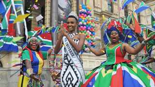 Well-wishers lined the streets to greet reigning Miss Universe Zozibini Tunzi who rode in a specially designed through the Cape Town city centre on Friday morning as part of her triumphant homecoming tour. Picture: Courtney Africa/African News Agency (ANA)