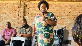Trade and Industry Deputy Minister Nomalungelo Gina speaks with farmers in Estcourt, KwaZulu-Natal. Photo: Supplied by the Trade and Industry Department