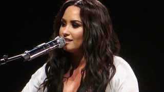 Singer Demi Lovato has thanked 'Sonny With A Chance' co-star Tiffany Thornton for helping her during her period in rehab. She said Thornton was her biggest inspiration during the phase. Picture: IANS