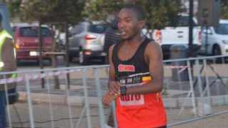Collen Mulaudzi's goal is to be among the top South African finishers in Cape Town on Sunday. Photo: Collen Mulaudzi on facebook
