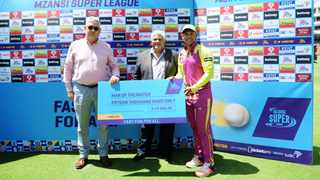 Henry Davids of the Paarl Rocks receives his Man of the Match award after their Mzansi Super League game against the Cape Town Blitz at Newlands Cricket Ground on Sunday. Photo: Ryan Wilkisky/BackpagePix