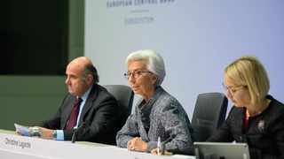 European Central Bank (ECB) President Christine Lagarde (C) speaks at a press conference at the ECB headquarters in Frankfurt, Germany. Photo: ECB/Handout via Xinhua