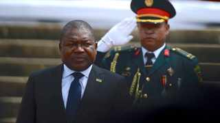 Mozambique's President Filipe Nyusi is saluted as he is sworn-in for a second term in Maputo, Mozambique. Photo by: REUTERS/Grant Lee Neuenburg/File photo