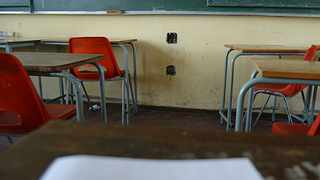 161107 One of the classroom where the is no electricity at Willow Crescent high school in Eldorado Park where Du Preez is embrezzling huge amount of money.01 Picture by Matthews Baloyi