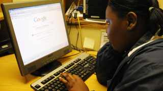 18/05/09. More and more school children are using the internet.  Picture: Damaris Helwig