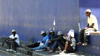 Job seekers wait for employers seeking casual labour on the streets of Cape Town. According to a report released by the Department of Higher Education, Just 1901 out of 100000 South Africans are at tertiary education institutions. File Picture: Mxolisi Madela