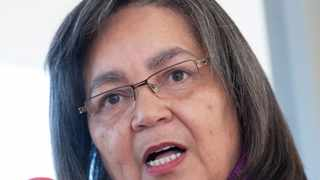 Mayor Patricia de Lille has criticised dangerous statements made by the ANC secretary Songezo Mjongile after reports that the ANC wanted migrants stopped from running spaza shops in townships.