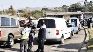 Johannesburg motorists and communities have been urged to bear with roadblocks in the cause of fighting crime, metro police said. File photo: Geoff Brink