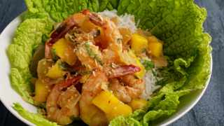 Spicy Mango Shrimp. Photo for The Washington Post by Deb Lindsey
