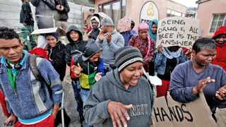 Cape Town-150530. Approximately 20 odd Hang Berg residents and members of the Hout Bay Civic Association gathered and picketed outside the Hout Bay Cares drug rehab centre today. They were protesting in response to the possible closure of the centre by the City of Cape Town. reporter: Janis Kinnear. Photo: jason boud