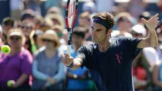 Pete Sampras believes it would be foolish to write off Roger Federer's chances of winning an 18th major at the US Open despite the Swiss having just turned 34.