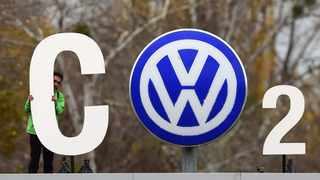 Volkswagen says allegations that it lied about the carbon dioxide emissions of 800 000 cars were unfounded. John MacDougall / AFP.