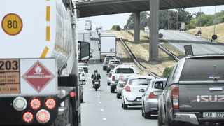 Cape drivers have shared their views after a recent report revealed that the city council will need to invest R250m a year over the next 20 years to alleviate the issue. Picture: Henk Kruger/African News Agency (ANA)