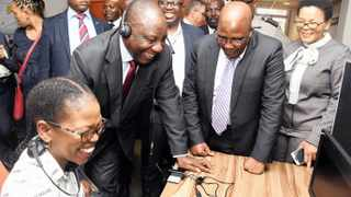 President Cyril Ramaphosa meets senior staff members during his visit to the Department of Home Affairs in Tshwane. The visit is in fulfilment of the president's commitment in the 2018 State of the Nation Address to visit government departments and key state institutions as part of ensuring alignment in the work of government, as well as promoting good governance and professionalism in the public sector. Picture: Siyabulela Duda GCIS
