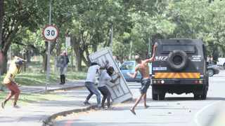 Student clashed with security personnel at UKZN Edgewood campus on Monday Picture: Doctor Ngcobo/African News Agency(ANA)
