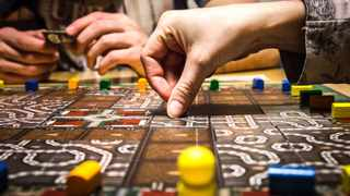 Board games help families connect and it builds bridges between adults and children. Image: Pexels