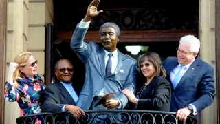 A bronze statue of former president Nelson Mandela was unveiled in Cape Town on Tuesday. Picture: Ayanda Ndamane/African News Agency (ANA)