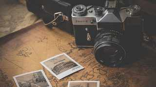 Posting your old travel photos can improve your mood. Picture: Dariusz Sankowski from Pixabay.