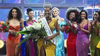 Shudufhadzo Musida has been crowned as Miss South Africa 2020.The runners up are Natasha Joubert, second princess, and Thato Mosehle, first princess. Picture: Phando Jikelo/African News Agency(ANA)