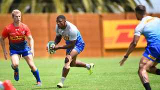 Warrick Gelant with ball in hand during a training session at Bellville High Performance centre. Photo: Phando Jikelo/African News Agency (ANA)