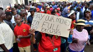 A file picture of municipal workers during a previous protest. Workers will today gather outside Tshwane House to receive feedback from the SA Municipal Workers Union. Picture: Oupa Mokoena/African News Agency (ANA)
