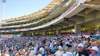 Fans at Newlands Cricket Ground during Day1 of the 2nd Test match between South Africa and England at Newlands Stadium, Cape Town on 2 January 2016. Photo: Chris Ricco/BackpagePix