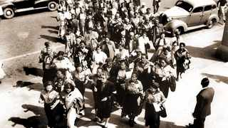 A march by more than 20 000 women to the Union Buildings in Pretoria to then prime minister, JG Strydom, against the extension of pass laws to black women on August 9, 1956. Picture: African News Agency (ANA) Archive